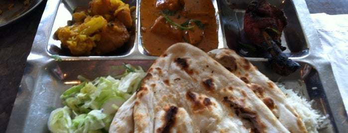 Bombay Mahal is one of Resto Mtl 101.