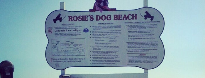 Rosie's Dog Beach is one of For Layla.