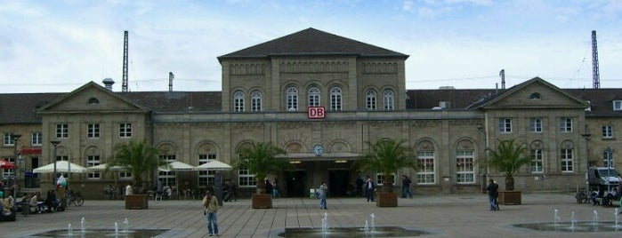 Bahnhof Göttingen is one of Ausgewählte Bahnhöfe.