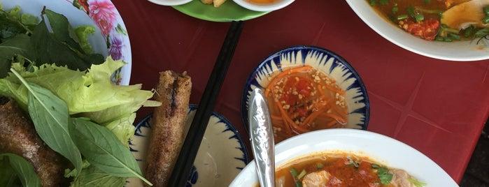 Banh Canh Cua Calmette is one of quê hương.