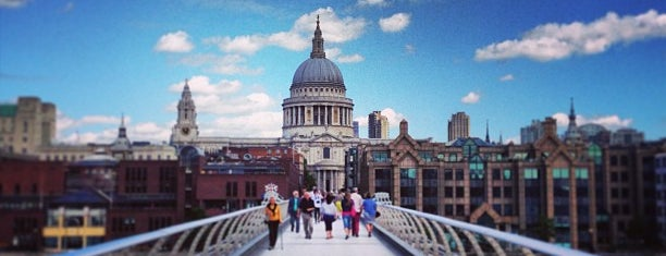 Millennium Bridge is one of Top 10 Lifts In London.