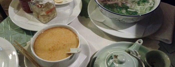Golden Lotus is one of Vietnamská kuchyně v Praze.