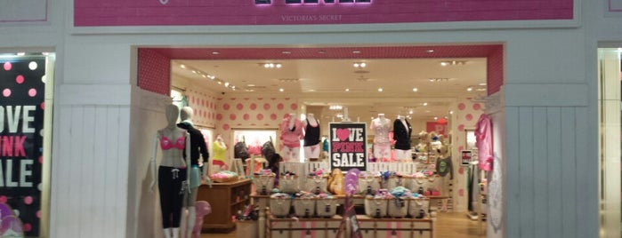 Victoria's Secret is one of Tiendas en PLAZA.