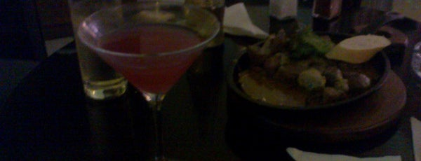 Cosmopolitan is one of Bares, restaurantes y otros....