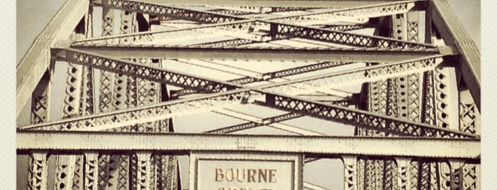 Bourne Bridge is one of Places I Frequent.
