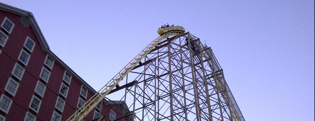 The Desperado Roller Coaster is one of Landmarks.
