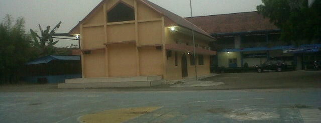 Perguruan Kristen Methodist 8 Medan is one of My HomeTown :).
