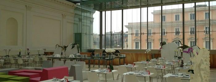 Open Colonna is one of ristoranti Roma.