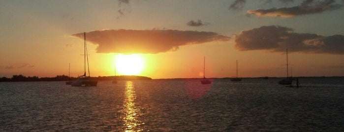 Sunset Cove beach resort , key largo is one of Anne's Tips.