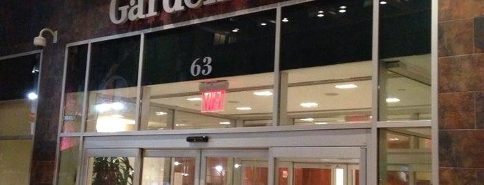 Hilton Garden Inn New York/West 35th Street is one of Swanky Digz.