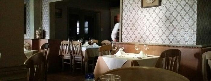 David Crockett is one of Best Restaurant options.