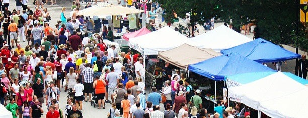 Downtown Des Moines Farmers Market is one of Iowa Foodies and Fooderies!.