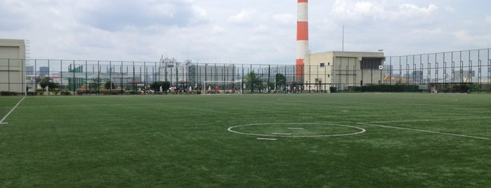 新砂運動場 is one of football.