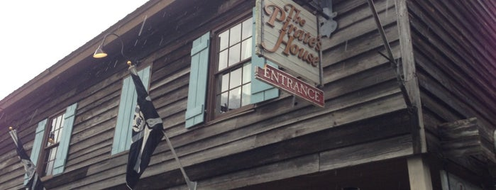 The Pirates' House is one of Good Restaurants.