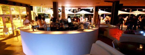 Sotavento Beach Club is one of Barcelona.