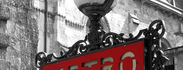Métro Saint-Germain-des-Prés [4] is one of Stations de metro a Paris.