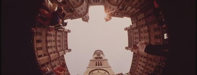 Philadelphia City Hall is one of Documerica.