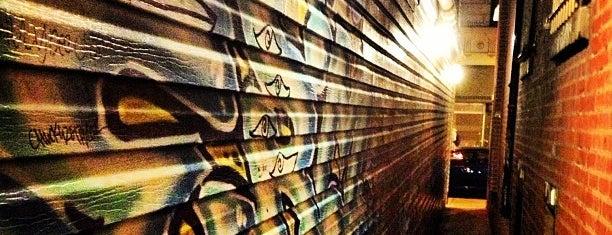 Graffiti Bar is one of Bars.