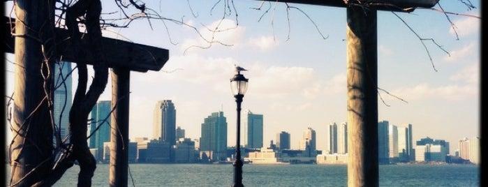 Battery Park City Esplanade is one of Badge list.