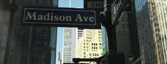 Madison Avenue is one of Loisirs.