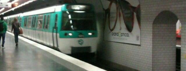 Métro Grands Boulevards [8,9] is one of Stations de metro a Paris.