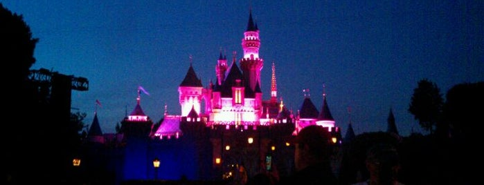 Disneyland is one of Best Places to Check out in United States Pt 2.