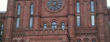 Smithsonian Institution Building (The Castle) is one of Must see in Washington DC.