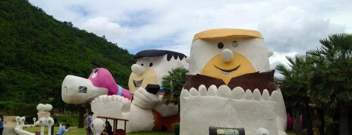 บ้านมนุษย์หินฟริ้นสโตน @ สวนผึ้ง รีสอร์ท is one of My TripS :).