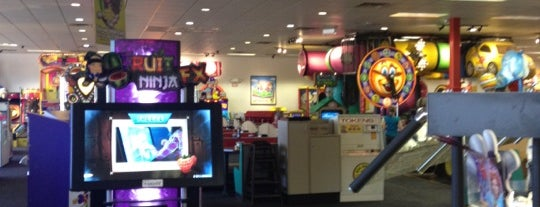 Chuck E. Cheese's is one of Free Birthday Stuff!.