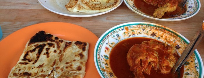 Roti Canai Transfer Rd. is one of Penang Foods.