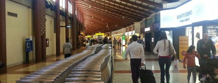Soekarno-Hatta International Airport (CGK) is one of i've been visited.