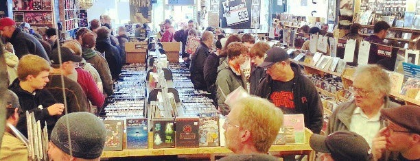 Easy Street Records & Cafe is one of Must Dos In Seattle.