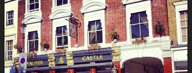 The Walmer Castle is one of Best London Pubs.