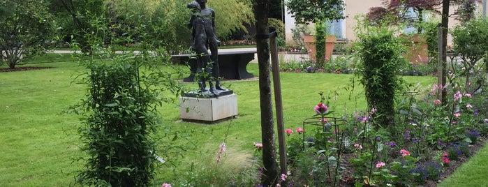Quartier Arboretum is one of Angers.