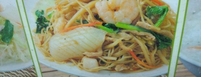 青葉本館 is one of 気になるカフェ・レストラン.