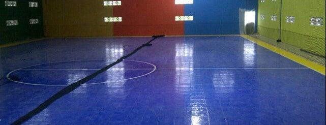 STAR FUTSAL (International Futsal Court In Ds Geger - Madiun)) is one of Lapangan Futsal.