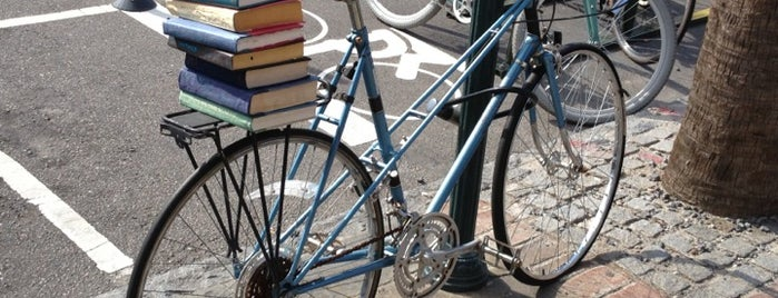 Blue Bicycle Books is one of Favorites in Charleston.
