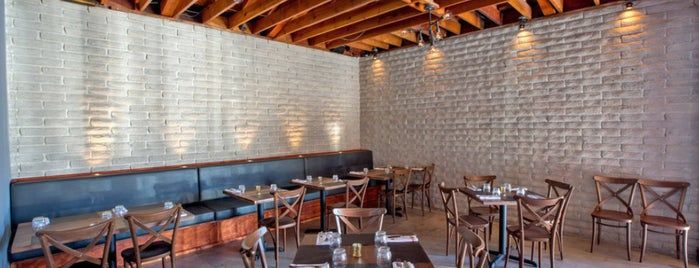 All'Acqua is one of Chris' LA To-Dine List.