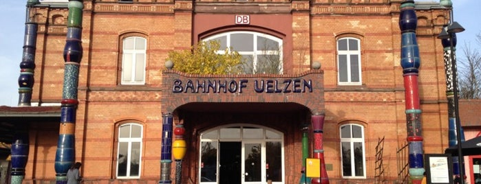 Bahnhof Uelzen is one of Ausgewählte Bahnhöfe.