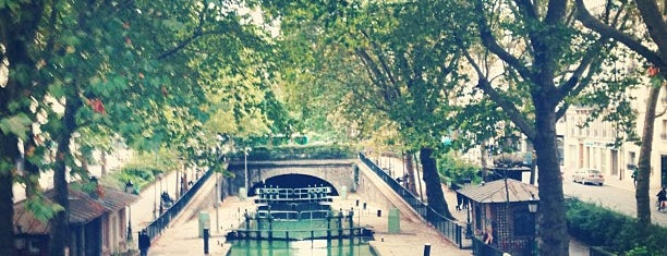 Canal Saint-Martin is one of First Time in Paris?.