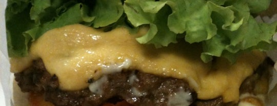 Chicohamburger is one of Pra se empanturrar em SP.