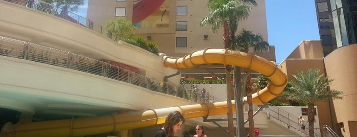 Golden Nugget Pool is one of attractions.