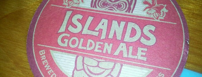 Islands Restaurant is one of Favorites.