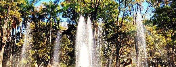 Parque Los Caobos is one of Plazas, Parques, Zoologicos Y Algo Mas.