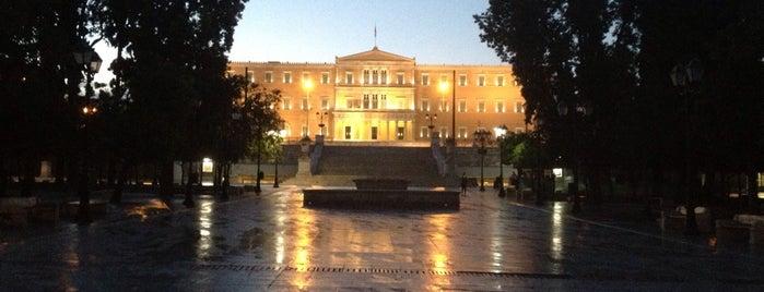Πλατεία Συντάγματος (Syntagma Square) is one of Favorite Spots in Athens.