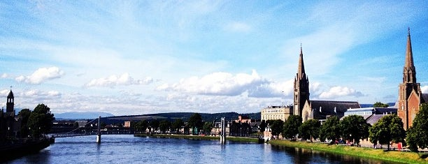 Inverness is one of Summer in London/été à Londres.