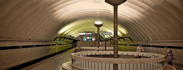 metro Sportivnaya is one of Санкт-Петербург.