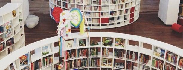 Openbare Bibliotheek Amsterdam is one of Bart in Amsterdam.