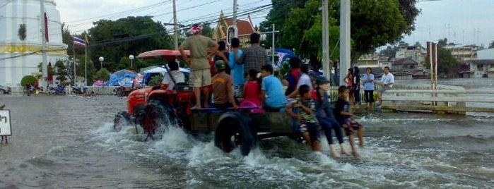 วัดมณีชลขันธ์ is one of Bkk - Lopburi Way.