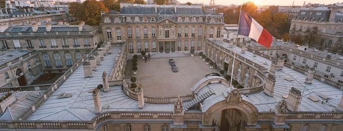 Palais de l'Élysée is one of 100 choses à faire à Paris.